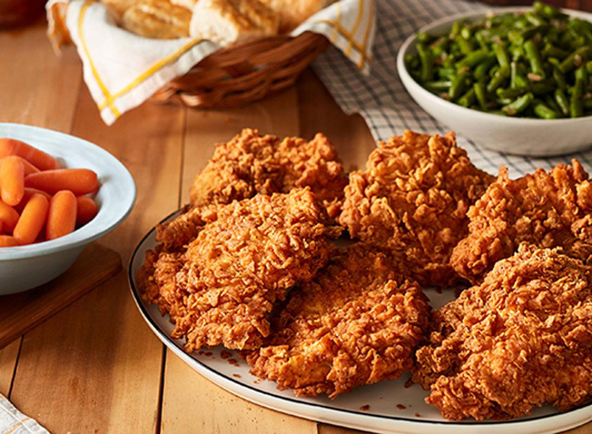 Cracker barrel sunday chicken family meal