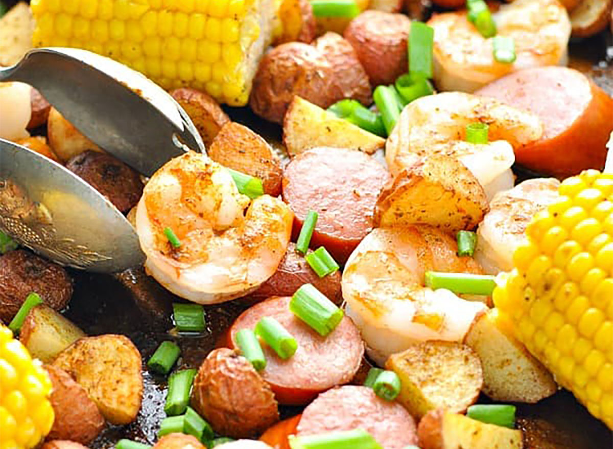 corn and shrimp in low country boil