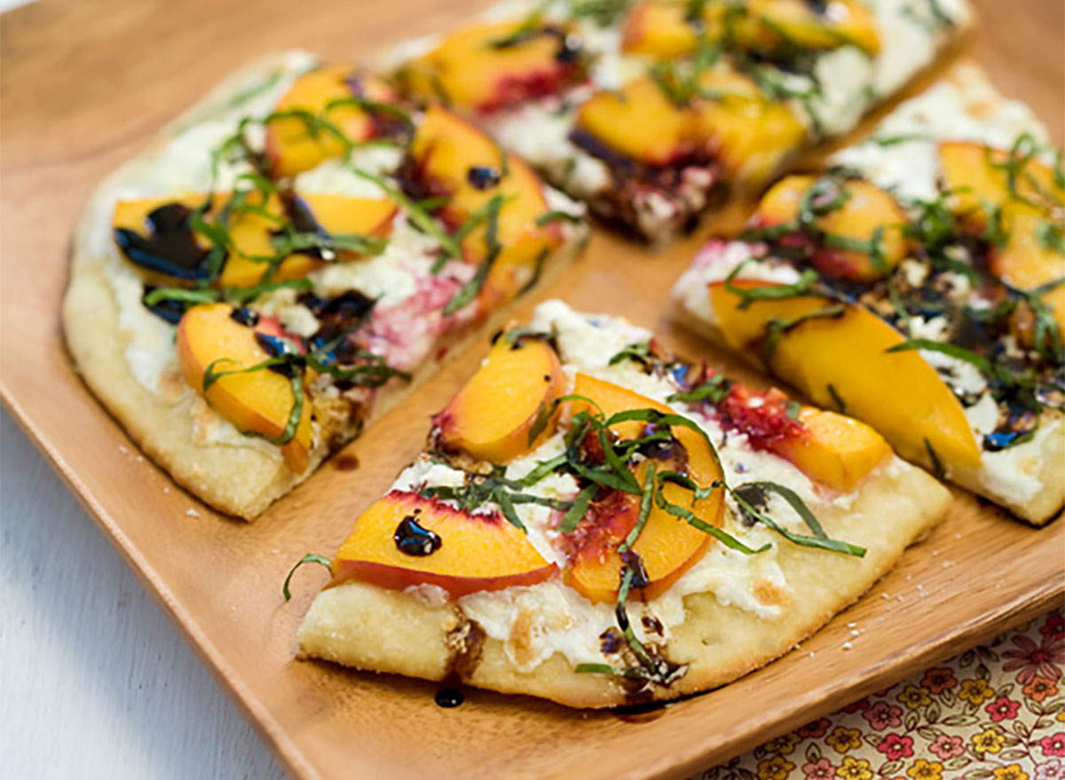 balsamic and peach pizza
