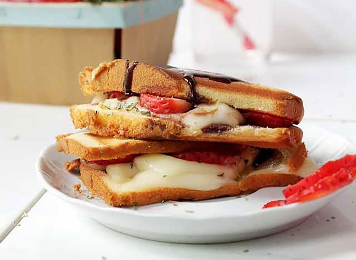 grilled strawberry caprese sandwich