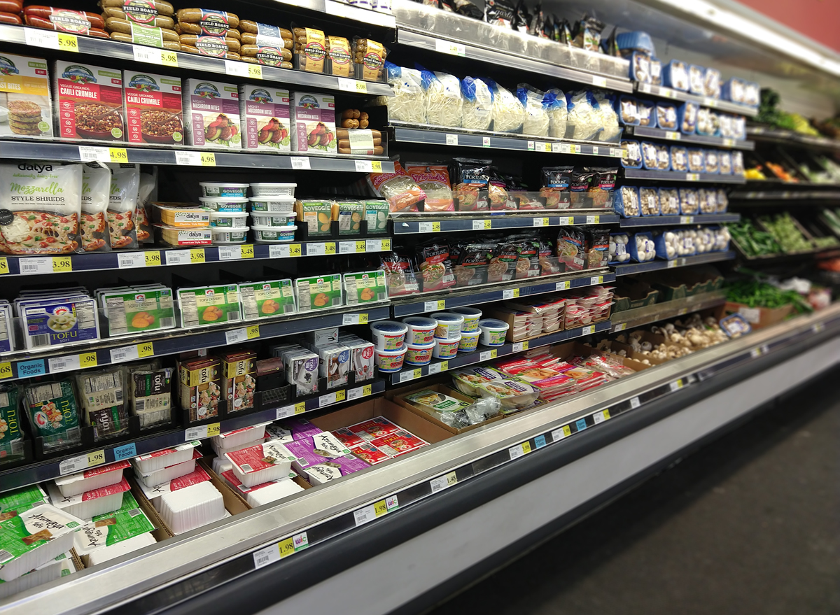 meatless protein options like tofu on grocery store shelves