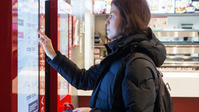 Robot_food_kiosk