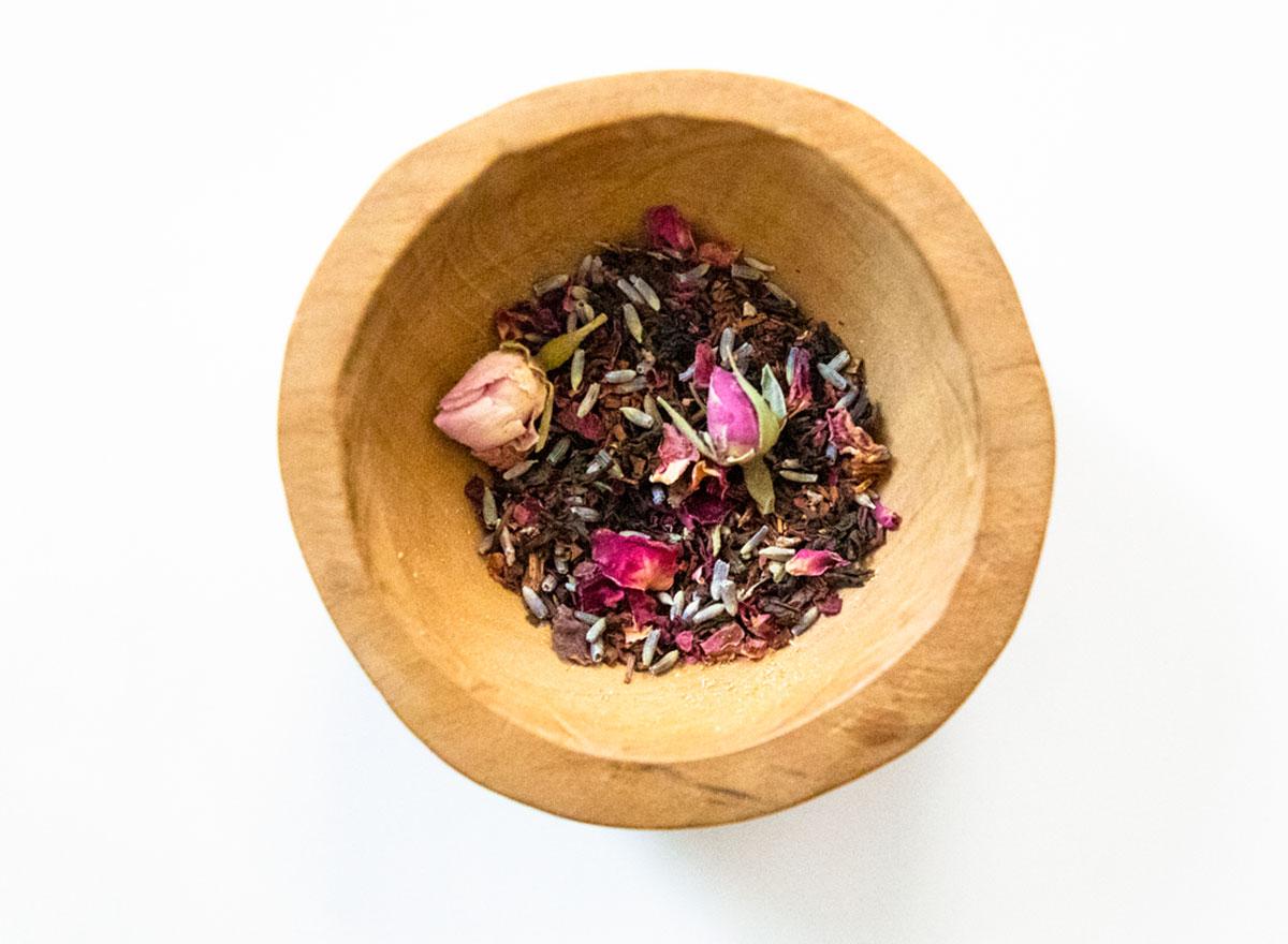 roots holistic open heart tea