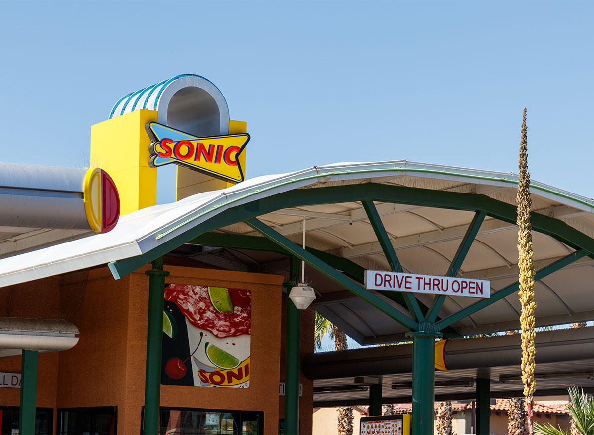 sonic drive in fast food restaurant