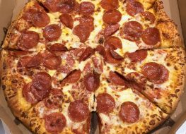 ultimate pepperoni dominos