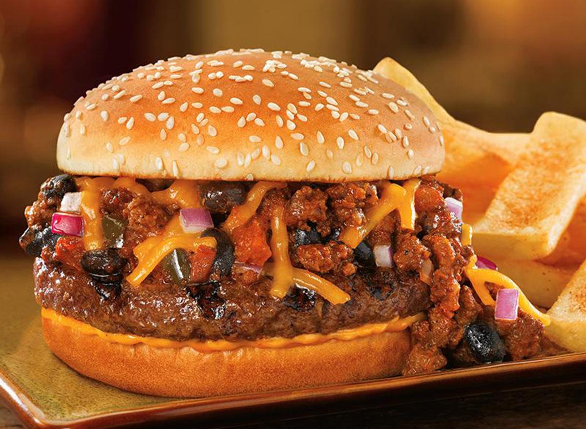 red robin chili chili cheeseburger