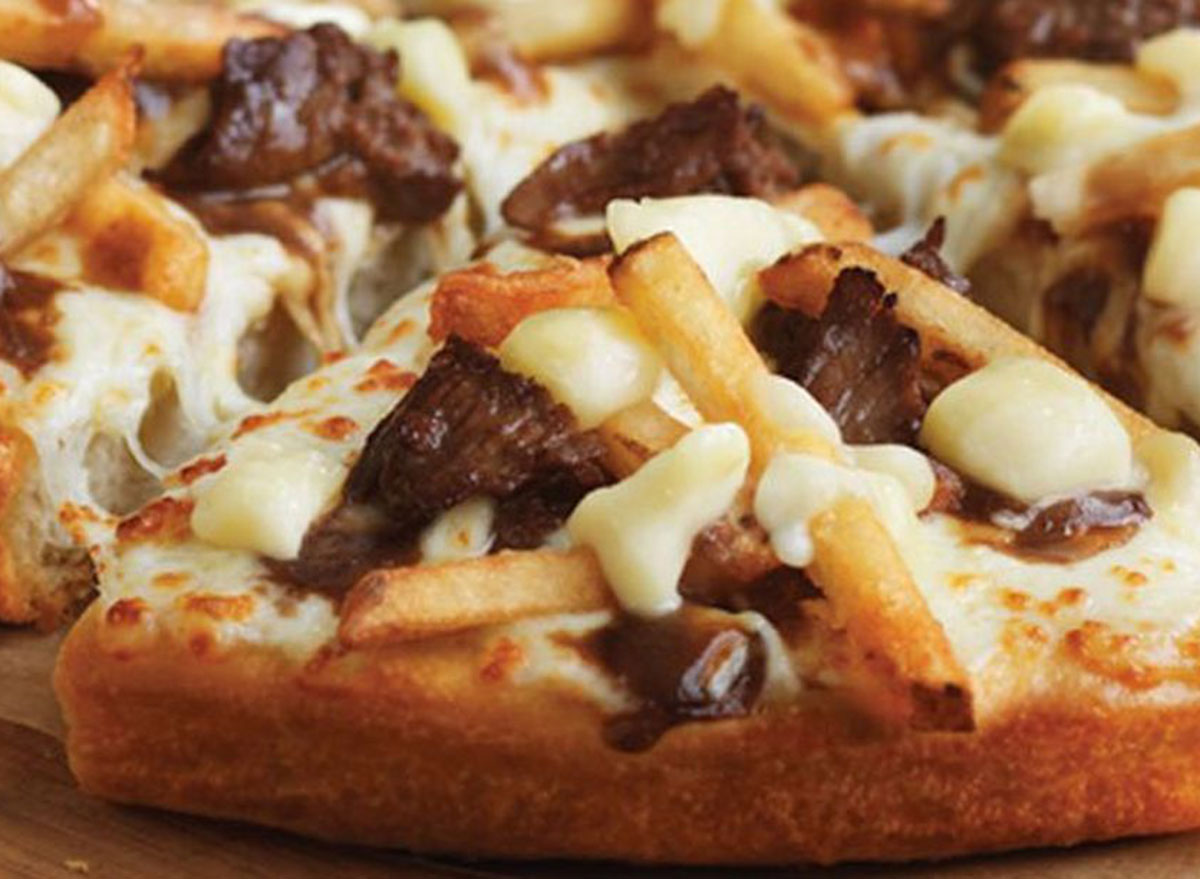 beef poutine pizza