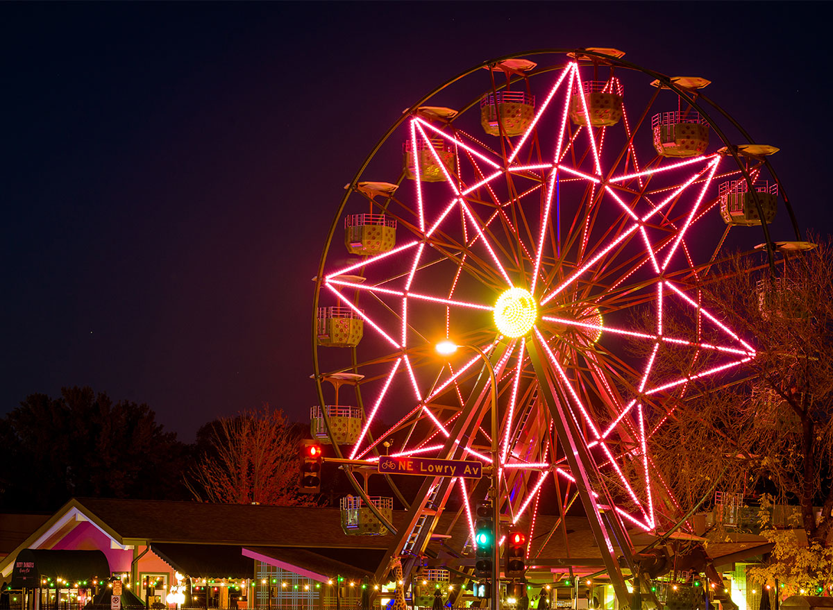 ferris wheel at betty dangers in minneapolis