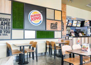 burger king restaurant interior dining tables