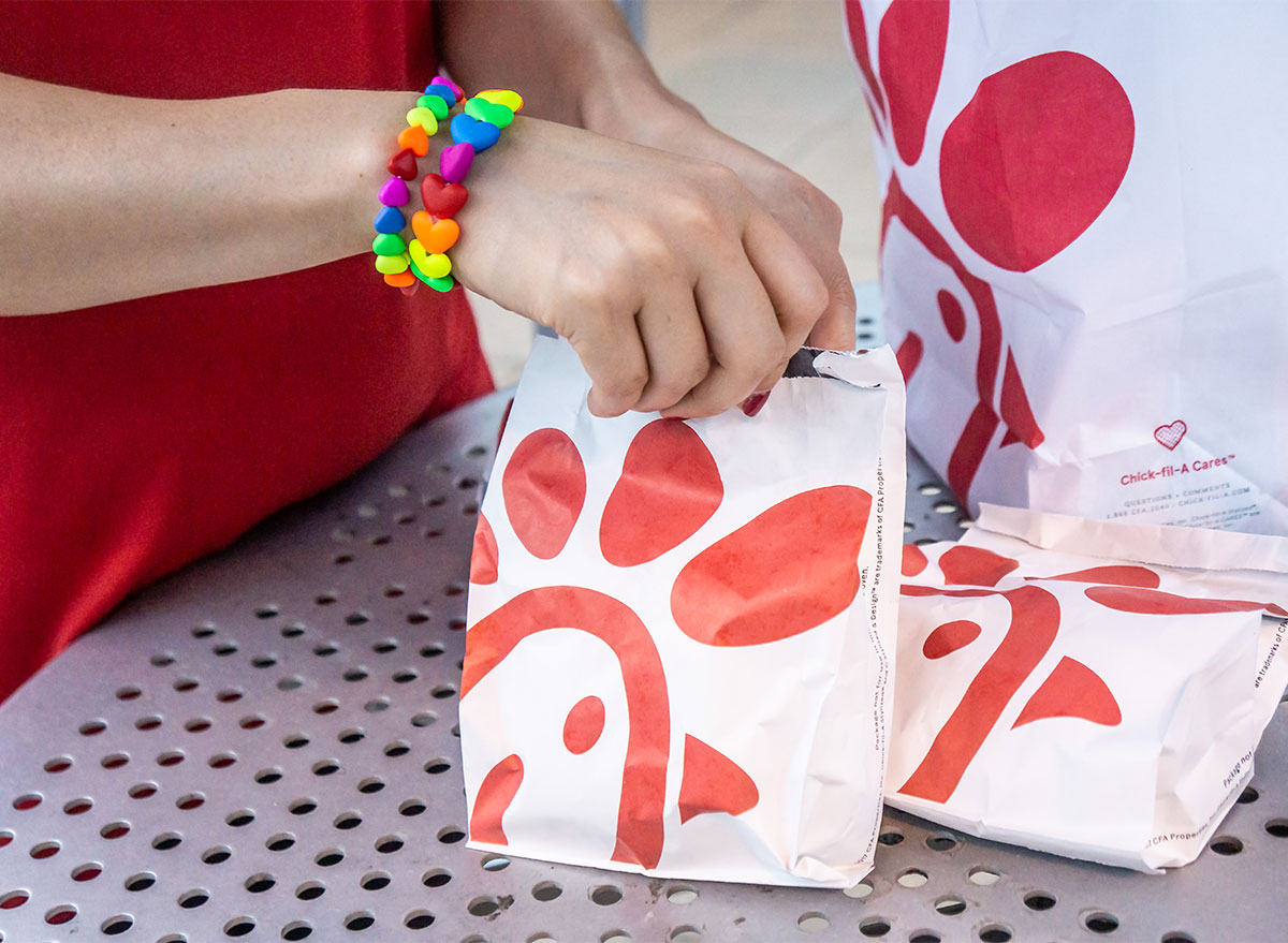 bags of chick fil a sandwiches