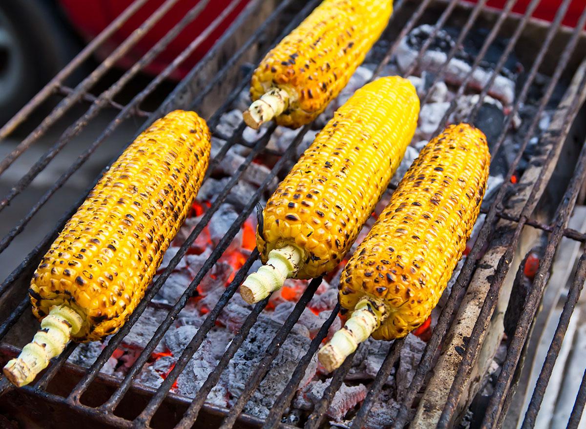 corns on grill