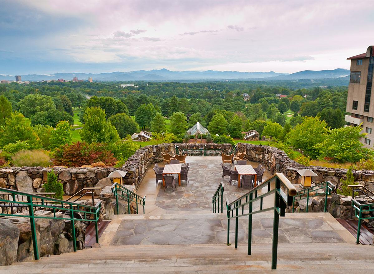 terrace view at omni hotel in asheville north carolina