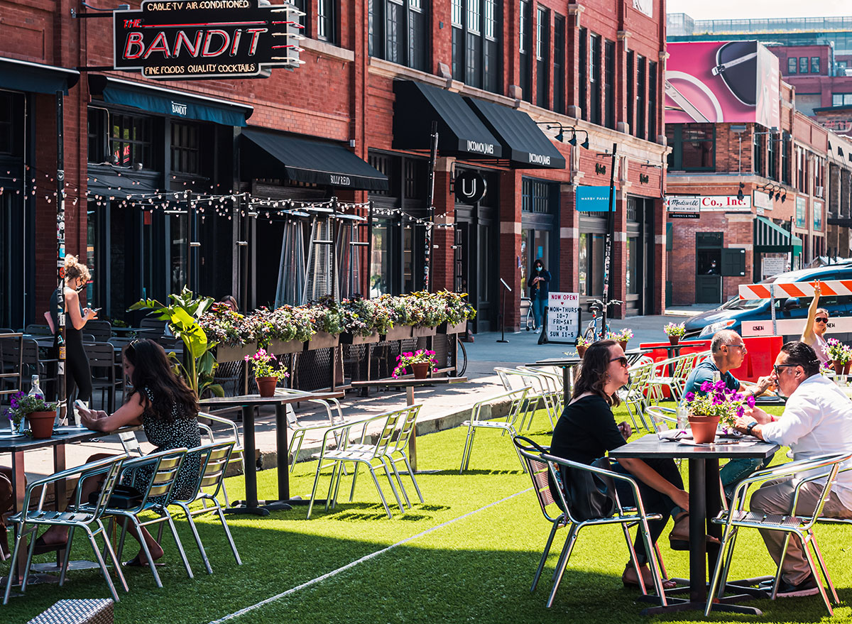 outdoor dining chicago