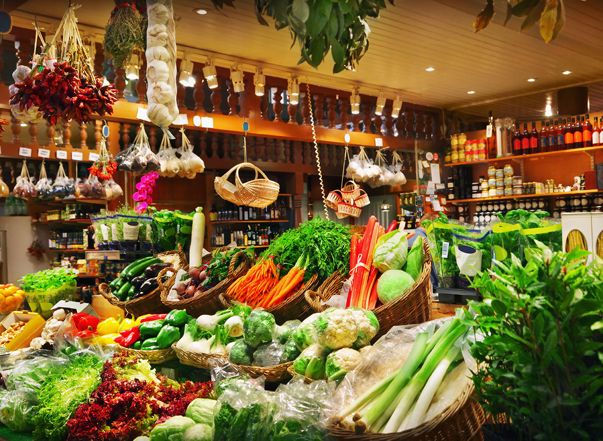 produce grocery store