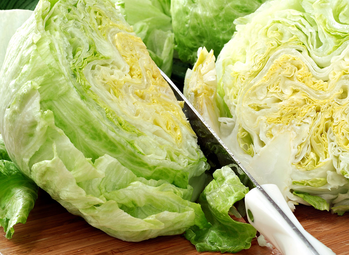 slicing lettuce