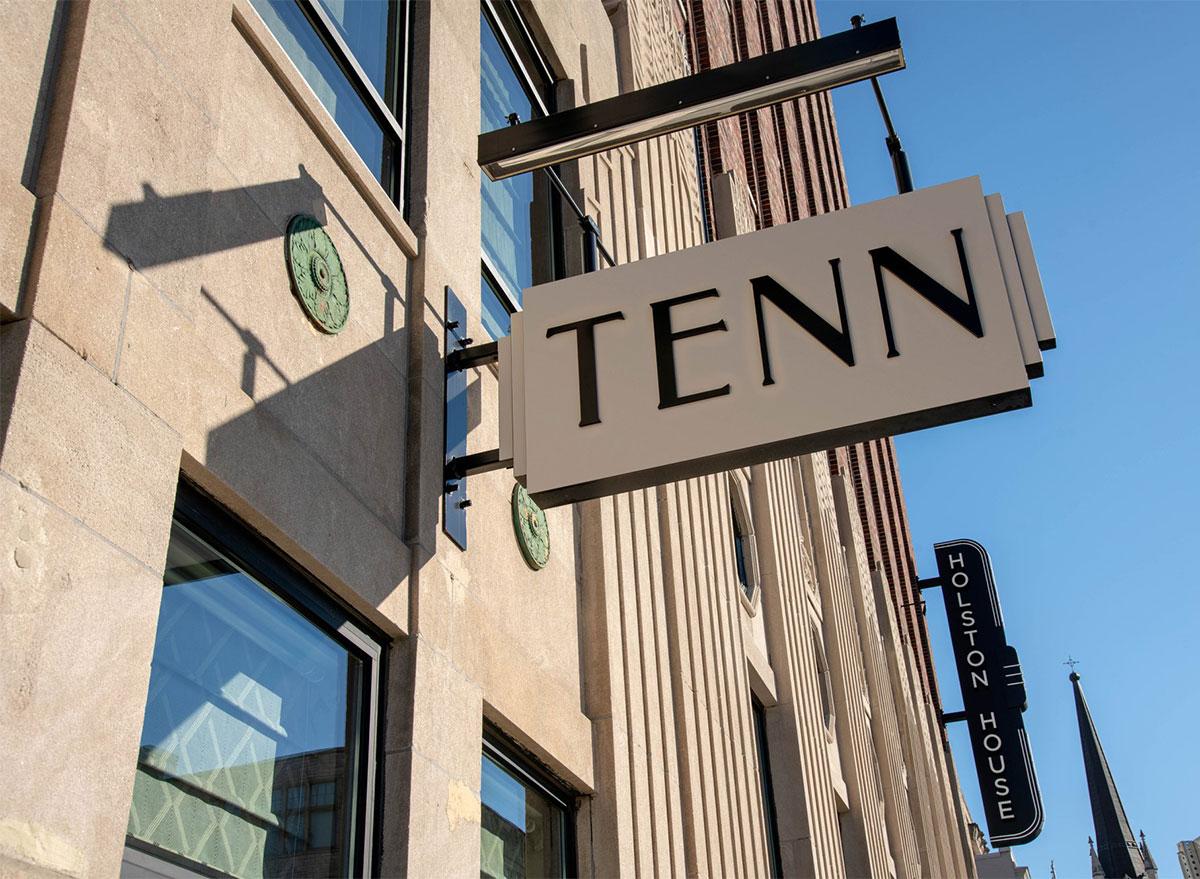 sign for tenn restaurant nashville