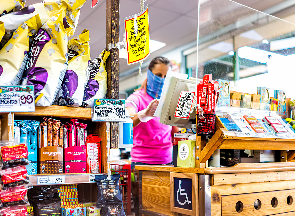 trader joes cashier in face mask