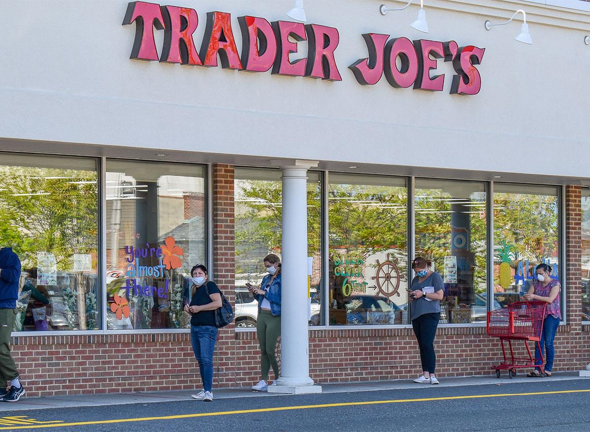 trader joes line