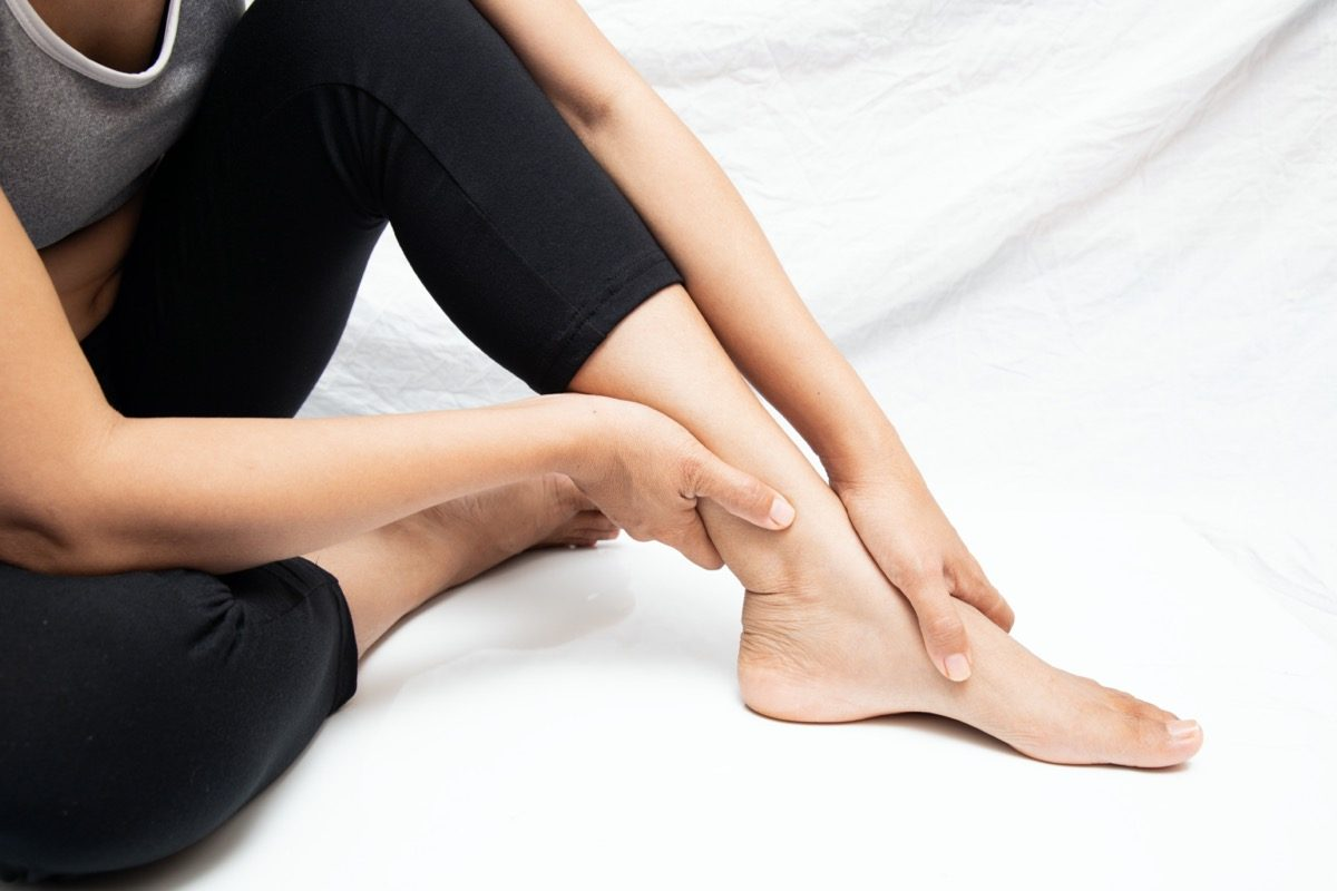 Pain in the foot of the elderly