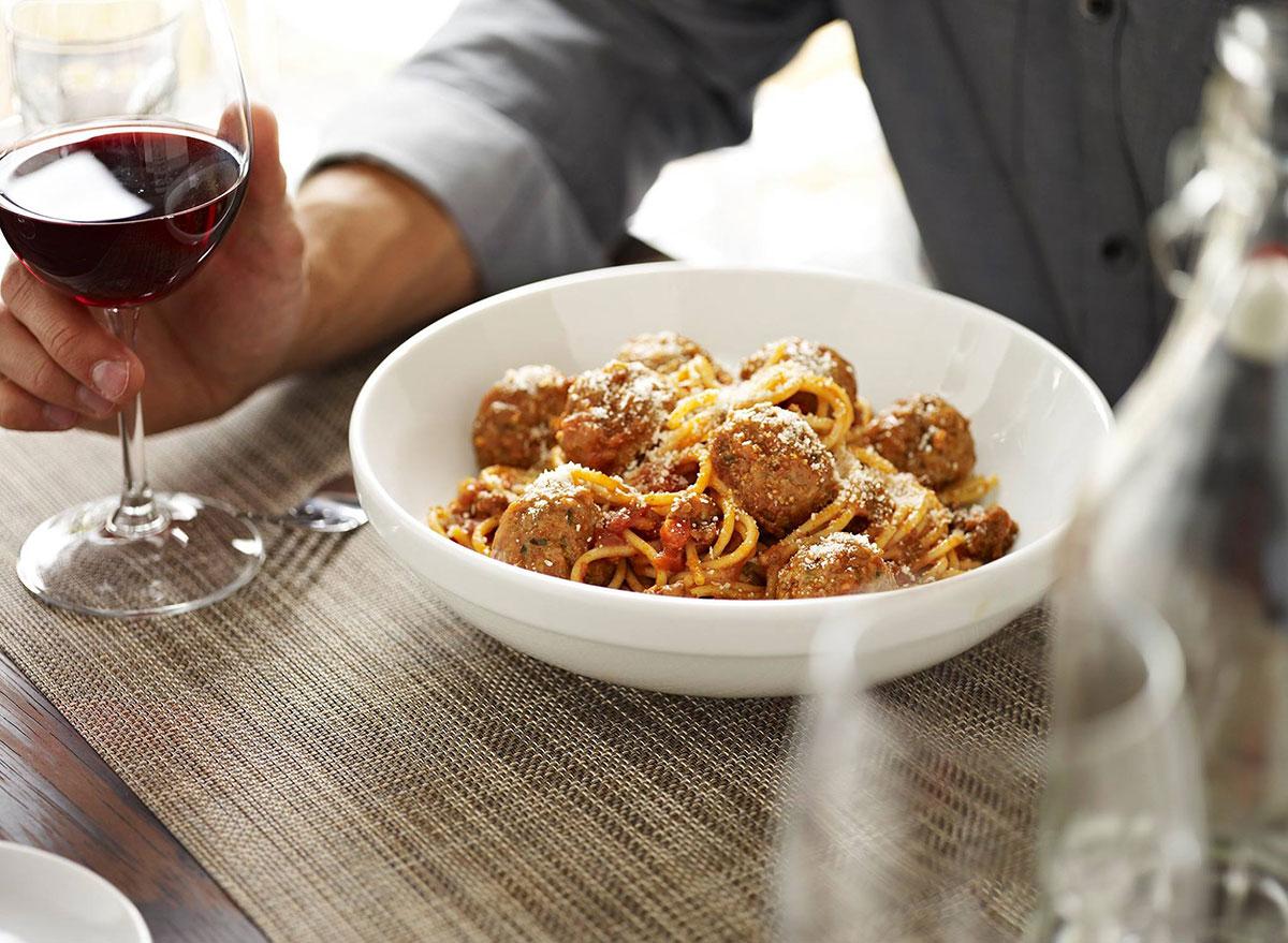 macaroni grill spaghetti meatballs