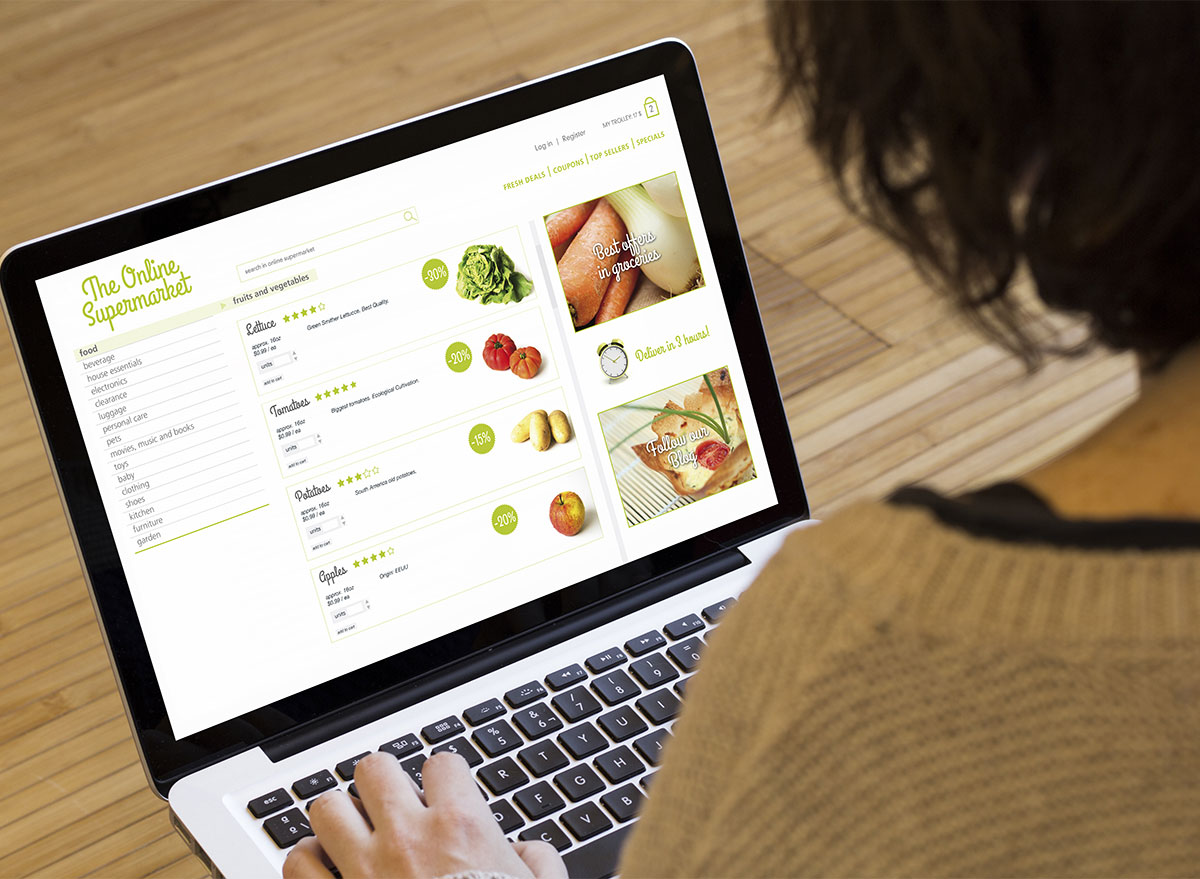 woman grocery shopping online