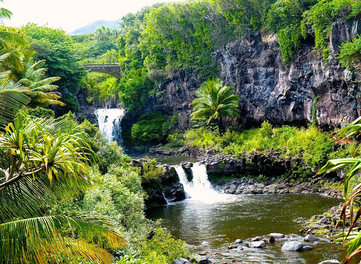 seven sacred pools hawaii