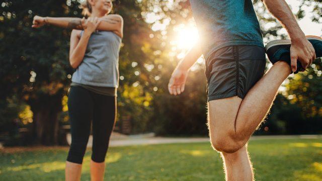 stretching before run