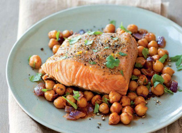 roast salmon with chickpeas