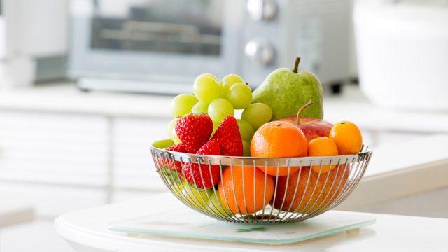 Fruit basket on kitchen counter