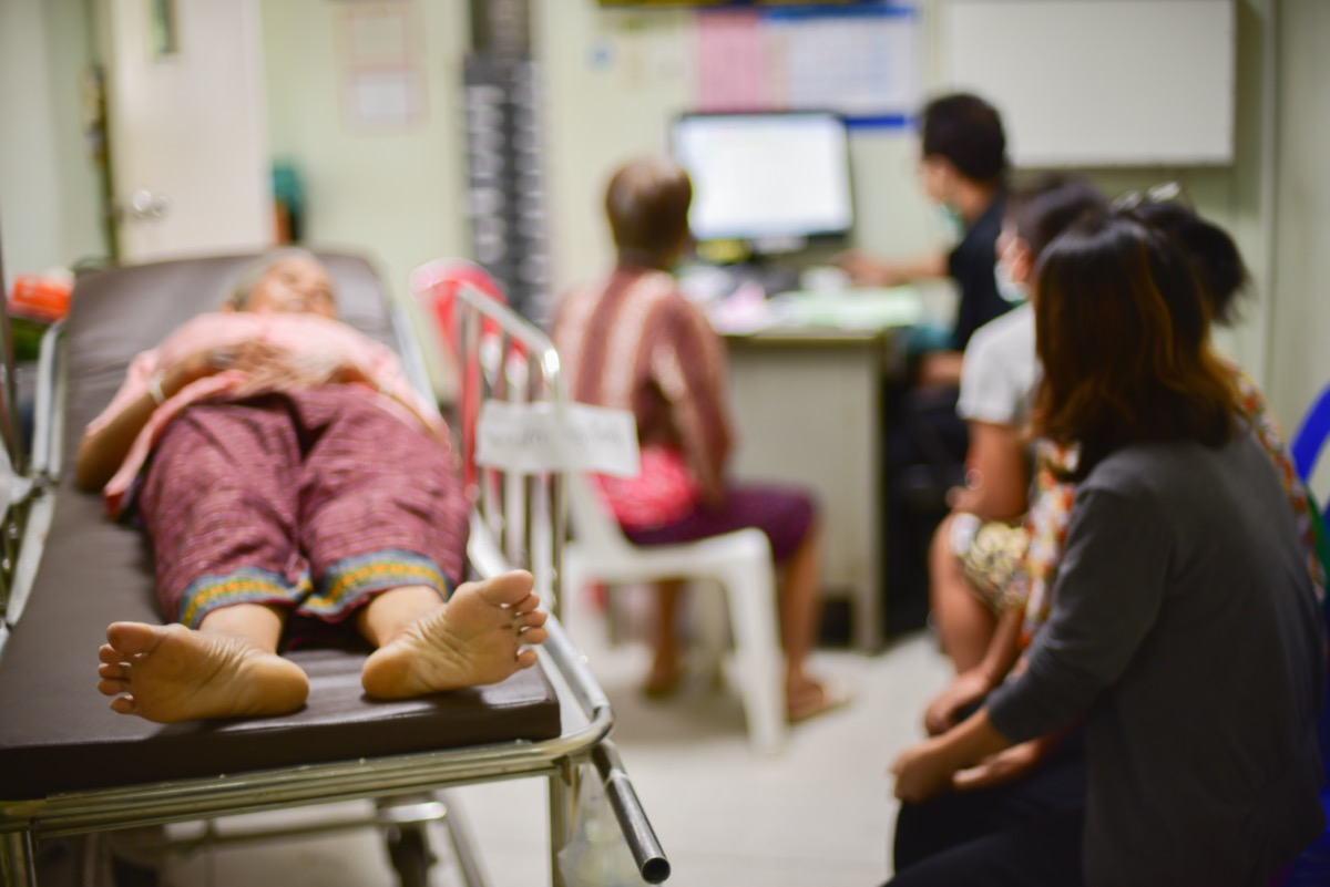 Blurred of patients waiting for treatment in hospital