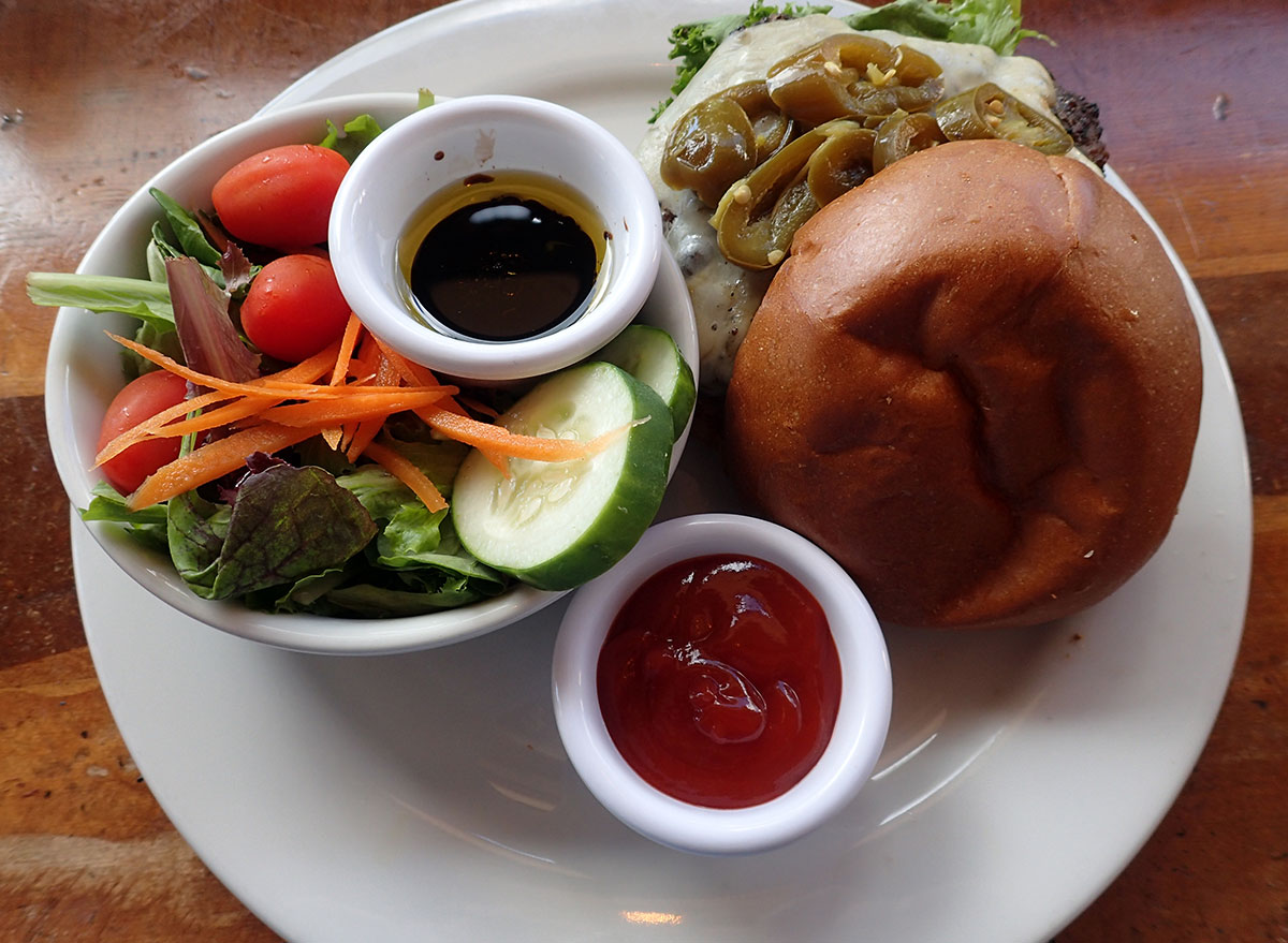 burger side salad