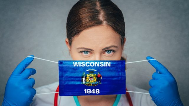 Female Doctor Portrait, protect Face surgical medical mask with Wisconsin Flag