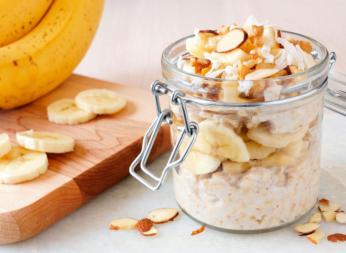 sliced almonds oatmeal