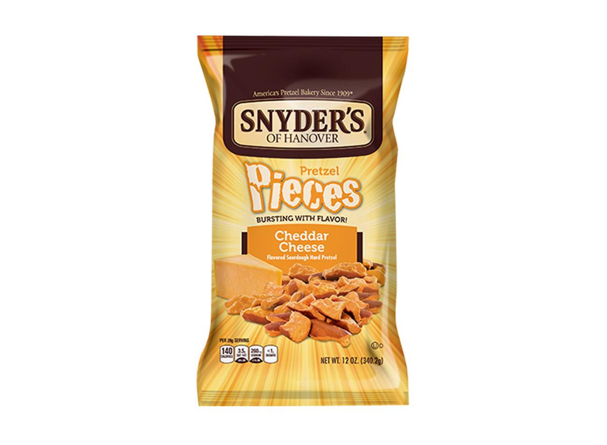snyders pretzel pieces
