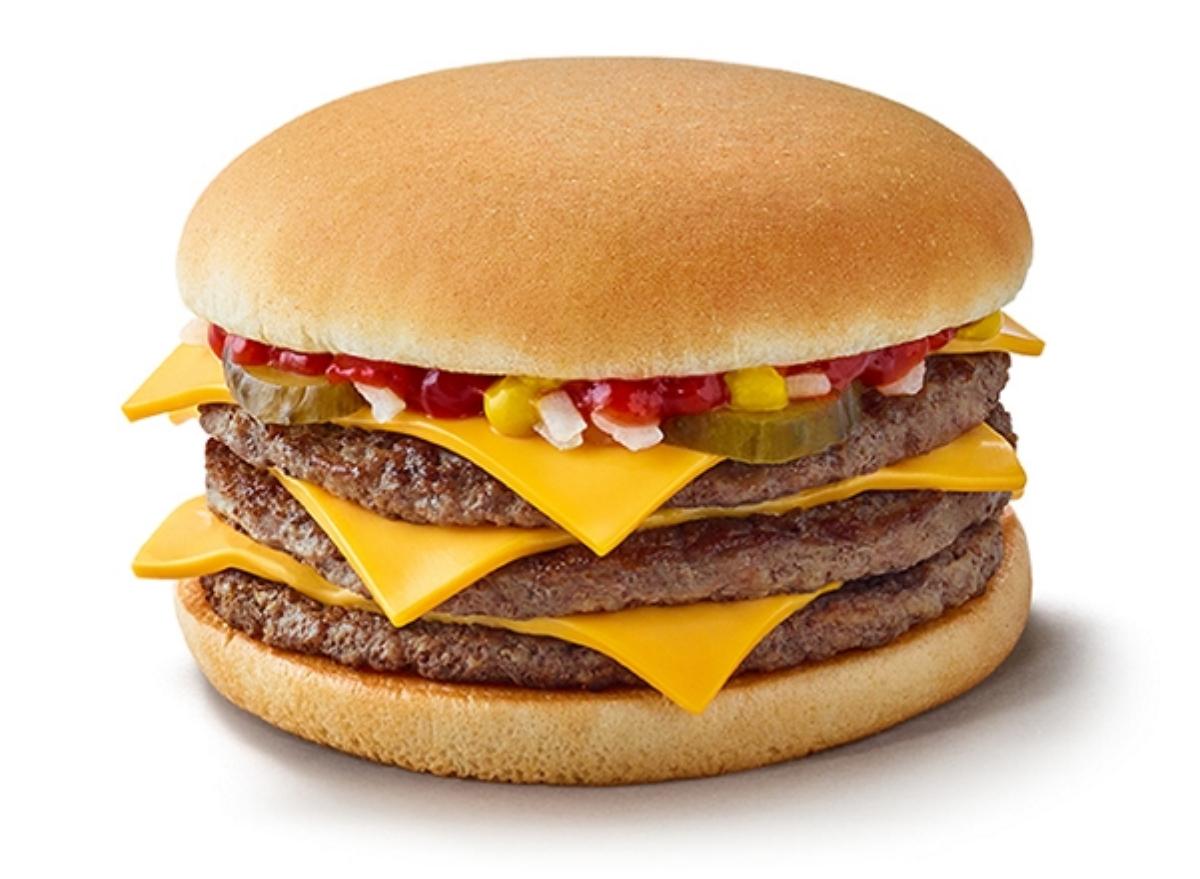 triple cheeseburger