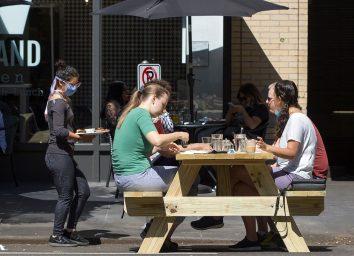 outdoor dining oregon
