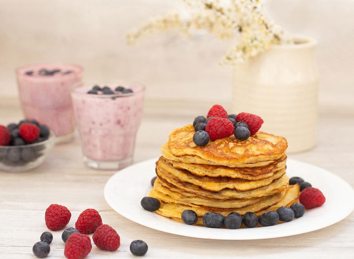 pancakes smoothies