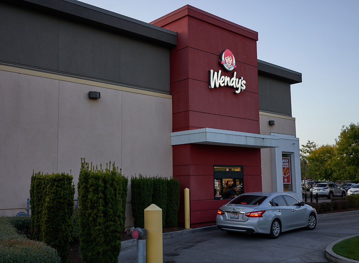 wendys drive-thru