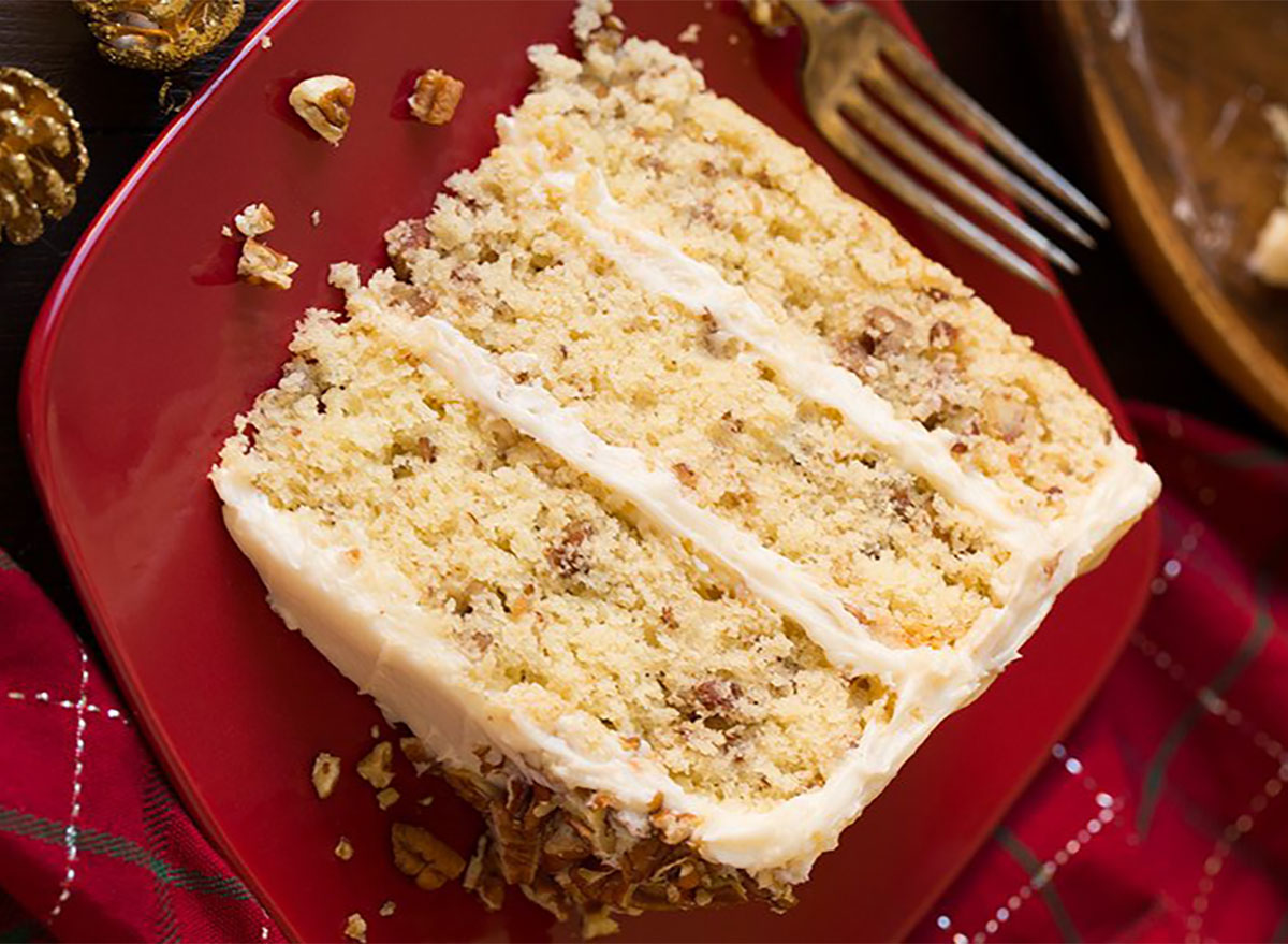 slice of butter pecan cake