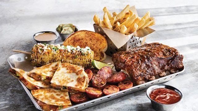 chilis smokehouse combo meal