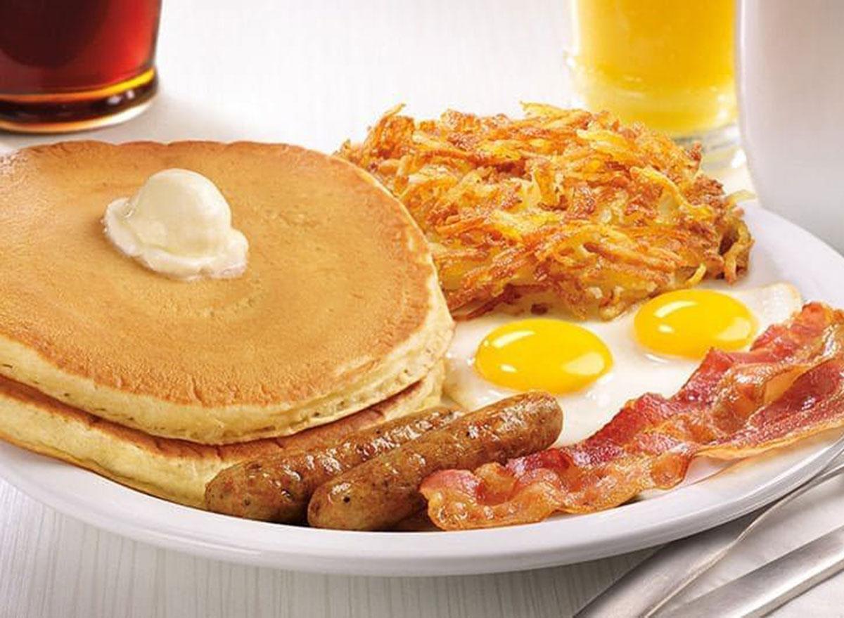 dennys breakfast slam