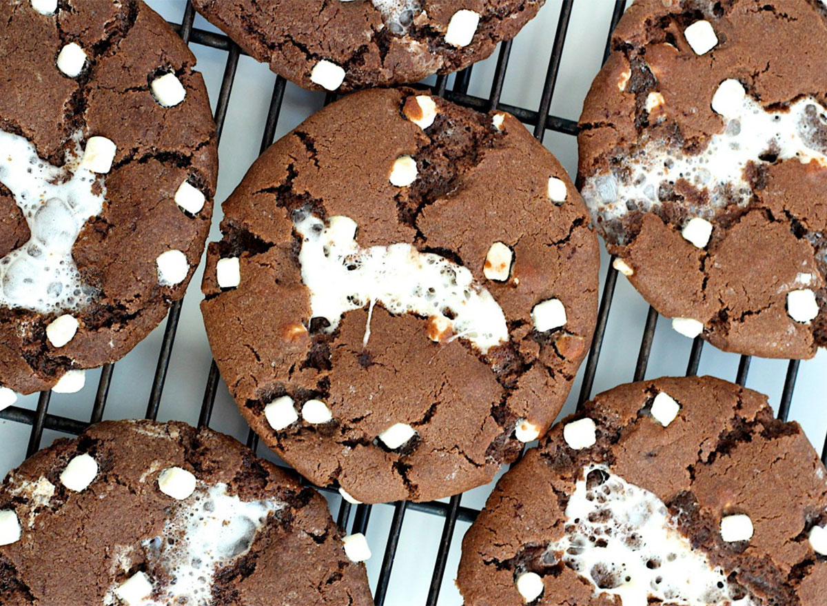 hot cocoa cookies on cooling rack