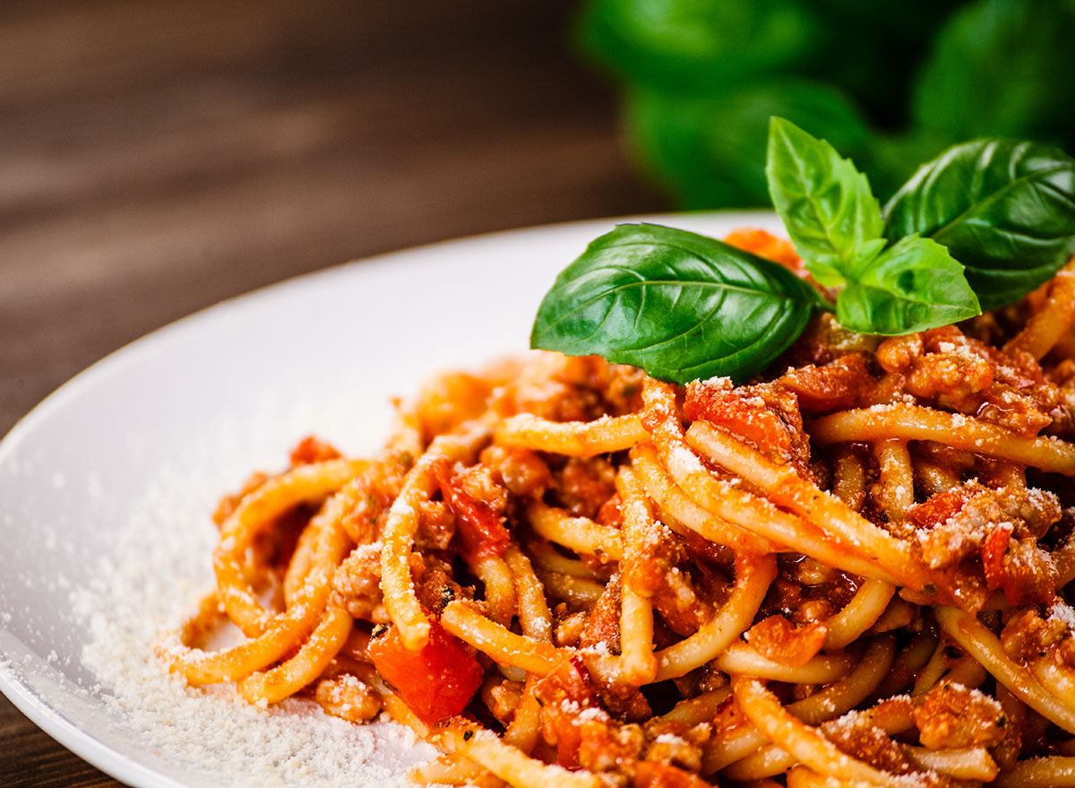pasta with meat sauce entree