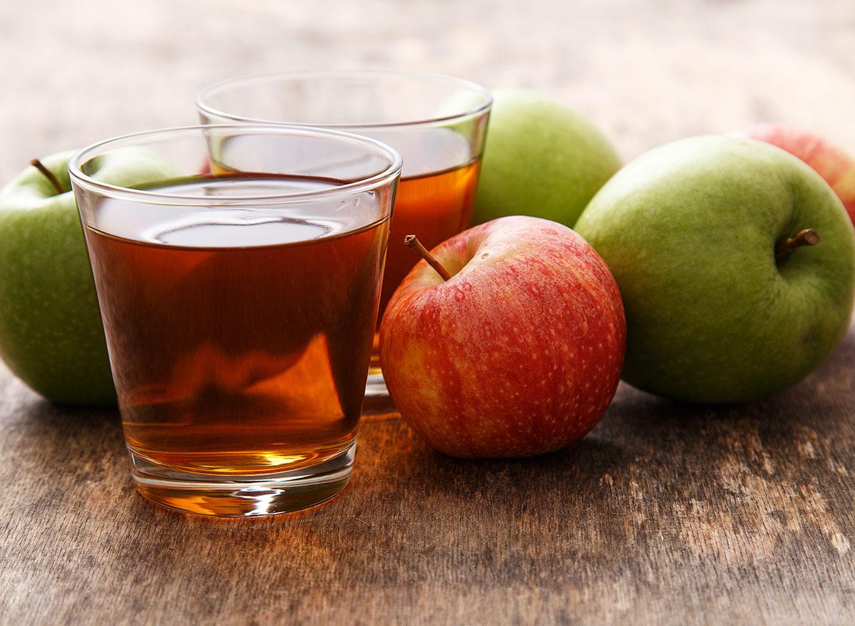 apple juice glasses