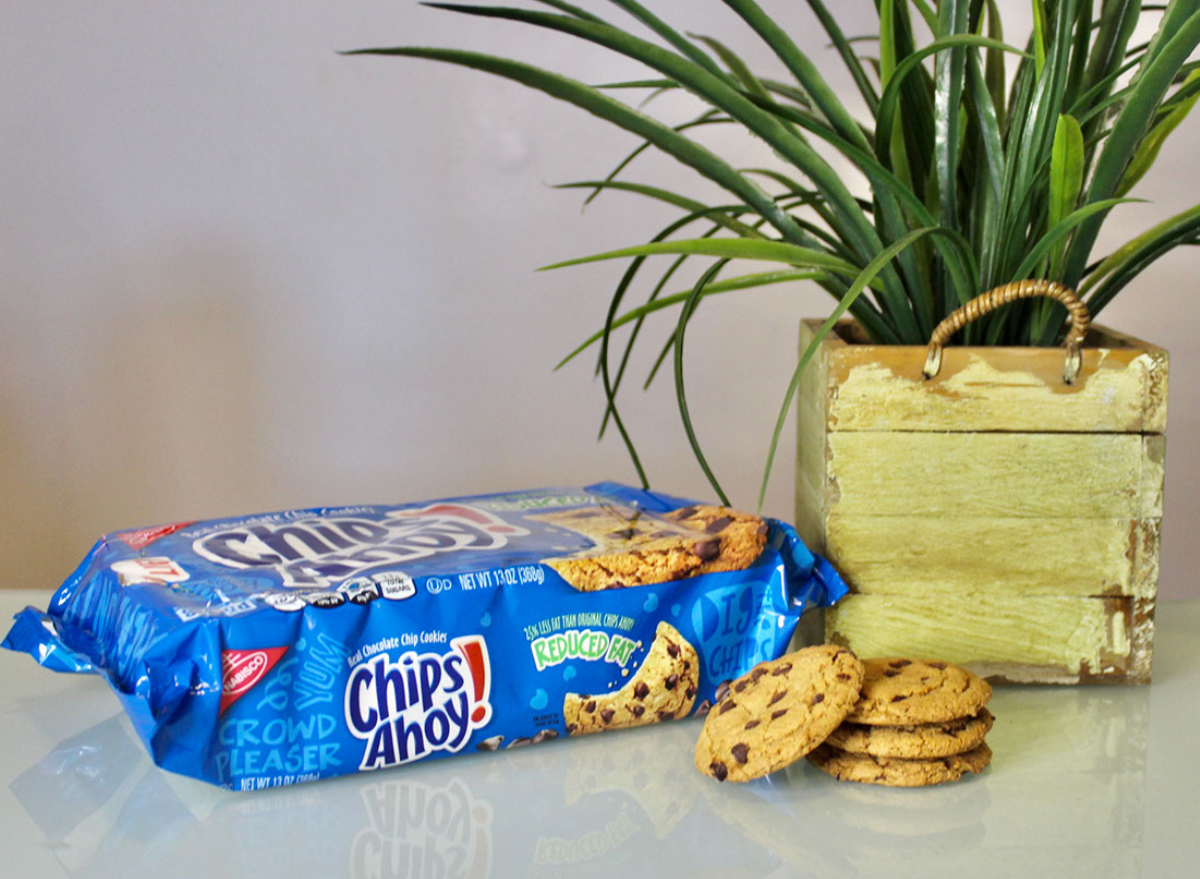 chips ahoy chocolate chip cookies bag