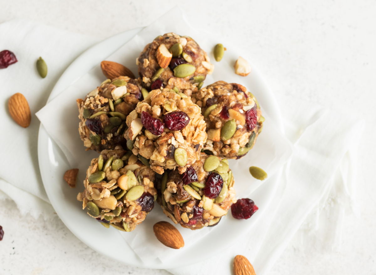 oat bites made with almond nuts and pumpkin seeds cranberries energy balls
