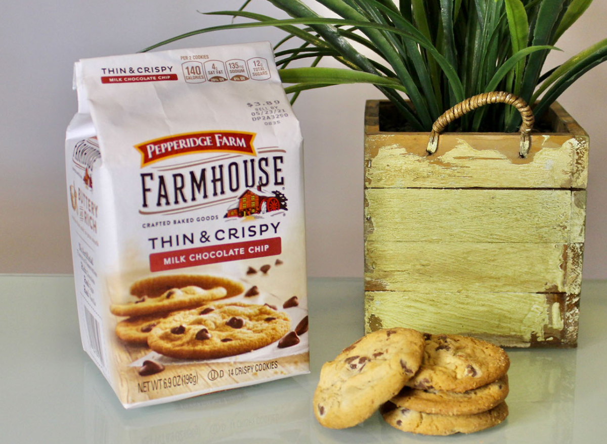 pepperidge farm milk chocolate chip chocolate chip cookies bag