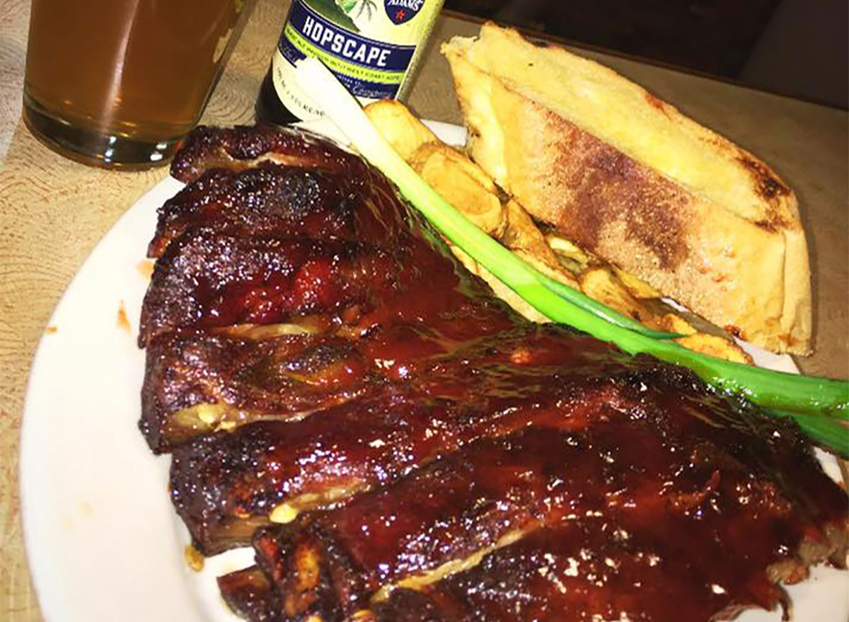 plate of ribs