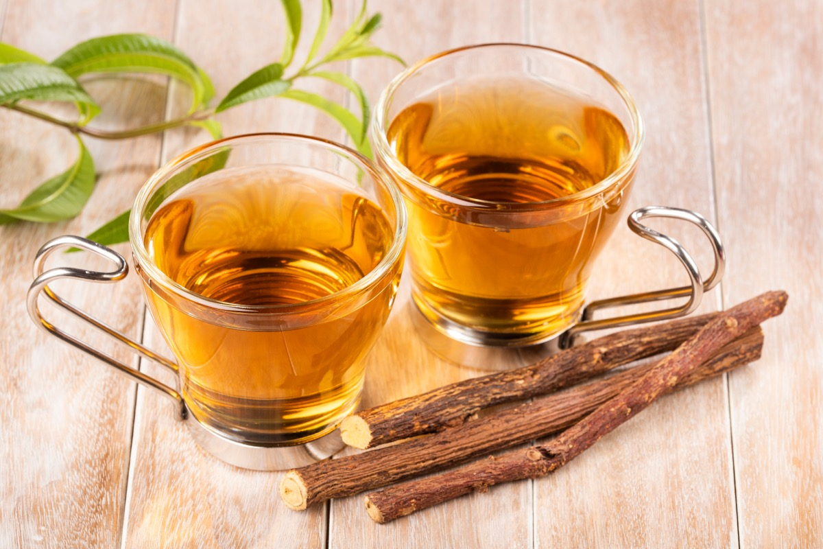 two clear cups of licorice tea