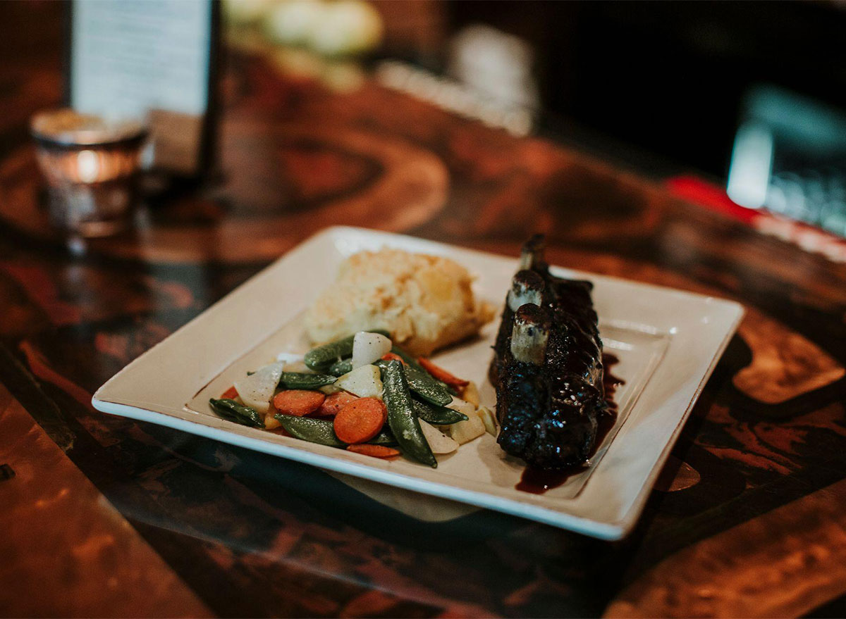 short rib with potatoes and vegetables